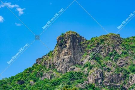 獅子山と青空 その⑥