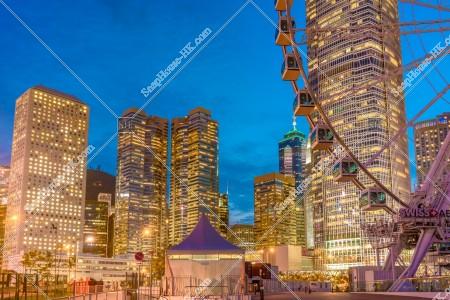 セントラル(中環) 日没後の香港観覧車との高層ビル群 その④