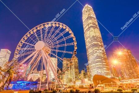 セントラル(中環) 夜の香港観覧車とifc2 その①