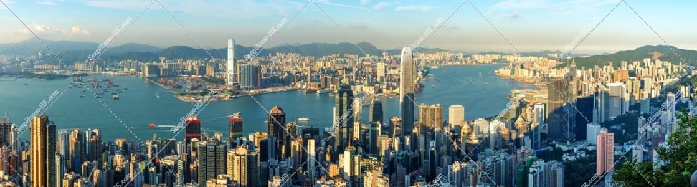 ヴィクトリア・ピークから見る香港の都市のパノラマ風景 その②