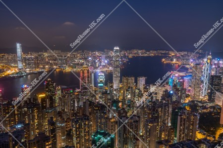 ヴィクトリア・ピークから見る香港の都市の夜景 その③