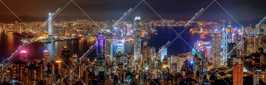 ヴィクトリア・ピークから見る香港の都市のパノラマ夜景 その③