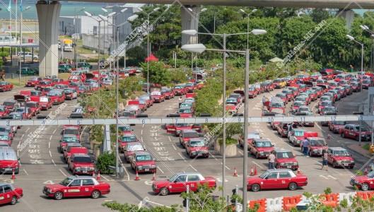 香港国際空港 赤タクシー(市区タクシー) その①