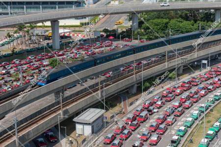 香港国際空港 赤タクシー(市区タクシー)と緑タクシー(新界タクシー) その③