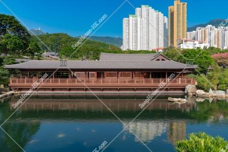 南蓮園池 松茶榭と池 その③