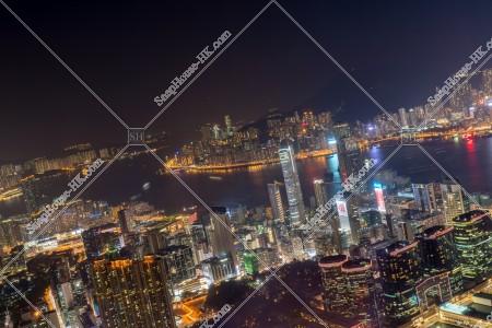 尖沙咀と香港島[湾仔(灣仔)~北角(ノースポイント)]とヴィクトリアハーバーの夜景