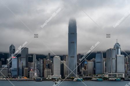 曇天時のセントラル(中環)の高層ビル群の風景 その②