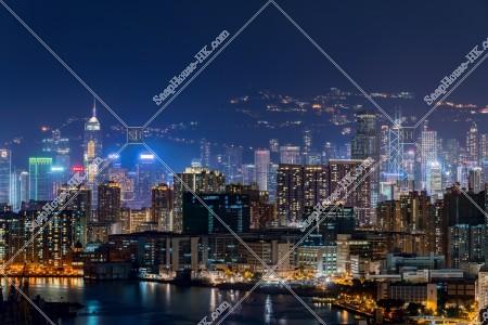 紅磡と湾仔(灣仔)~セントラル(中環)のビル・マンション群の夜景