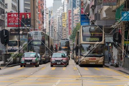佐敦 彌敦道(ネイザンロード) バスとタクシー