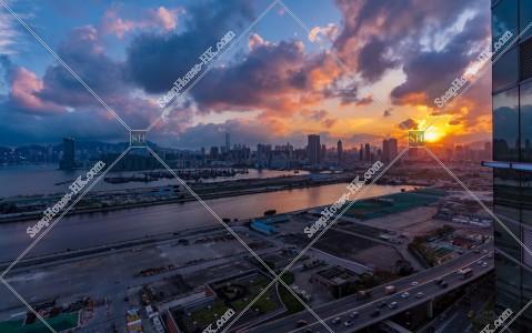 九龍灣から見る九龍と香港島の夕景 その②