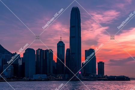 セントラル(中環)の高層ビル群の夕景 その③