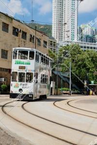 筲箕灣を走行する香港トラム その②