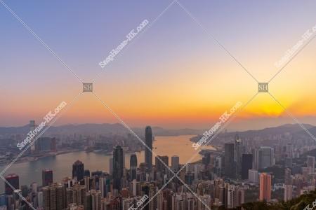 ヴィクトリア・ピークから見る香港の日の出の風景 その②