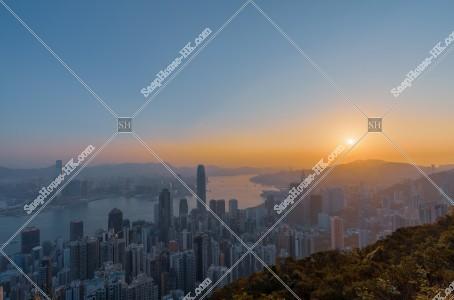 ヴィクトリア・ピークから見る香港の日の出の風景 その⑩
