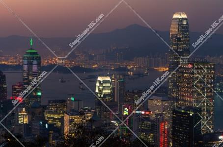セントラル(中環)の高層ビルの夕景 その⑧