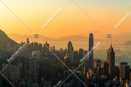 香港島 セントラル(中環)~湾仔(灣仔)の夕方のスカイラインビュー その③