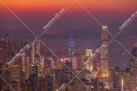 香港島 セントラル(中環)の日没後のスカイラインビュー その①