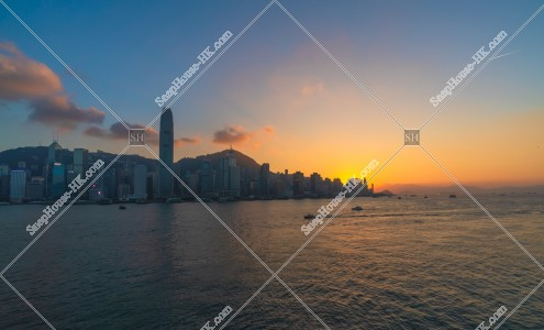 日没時間帯の香港島の高層ビル群 その⑤