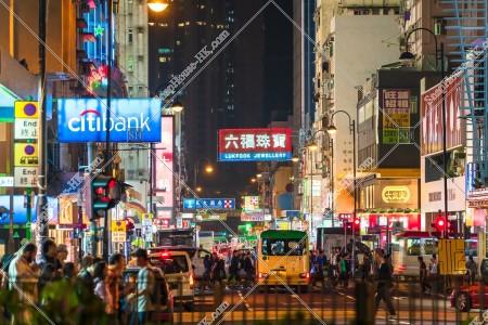 夜の荃灣の街並みの風景 その⑥