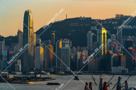 セントラル(中環)の高層ビル群の夕方の風景 その⑲