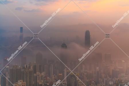 ヴィクトリア・ピークから見る香港の都市と雲海 その⑫
