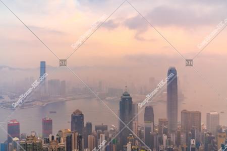 ヴィクトリア・ピークから見る香港の都市と雲海 その⑭
