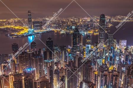 ヴィクトリア・ピークから見る香港の深夜の夜景 その⑤